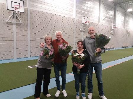 plaatje: ://www.almerebowlsclub.nl/download/fotos/2020/bloemen-fours