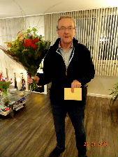 plaatje: ://www.almerebowlsclub.nl/download/fotos/jubilarissen/Leo-25jaar
