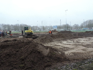 plaatje: //www.almerebowlsclub.nl/download/fotos/outdoorbaan-Enschede/start-aanleg_3429