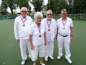 plaatje: ://www.almerebowlsclub.nl/download/nk/2019/outdoor/fours/DSC00333