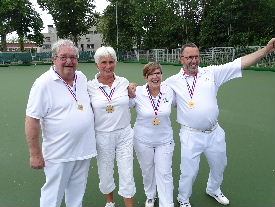 plaatje: ://www.almerebowlsclub.nl/download/nk/2019/outdoor/fours/DSC00337